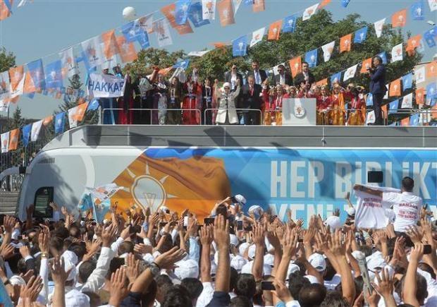 AK Parti 1. Olağanüstü Kongresi 82