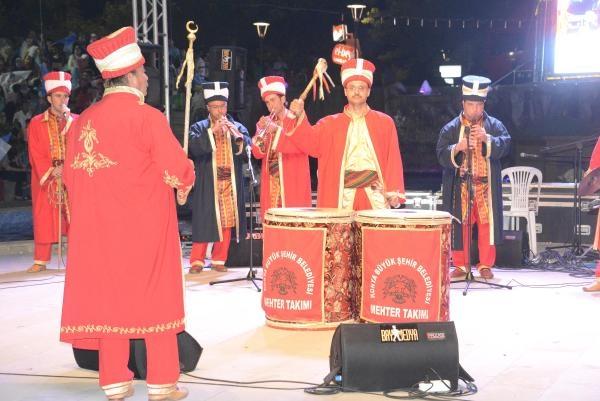 KONYA'DA DAVUTOĞLU COŞKUSU 5