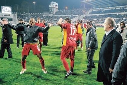 Fenerbahçe'den Melo belgeseli 3