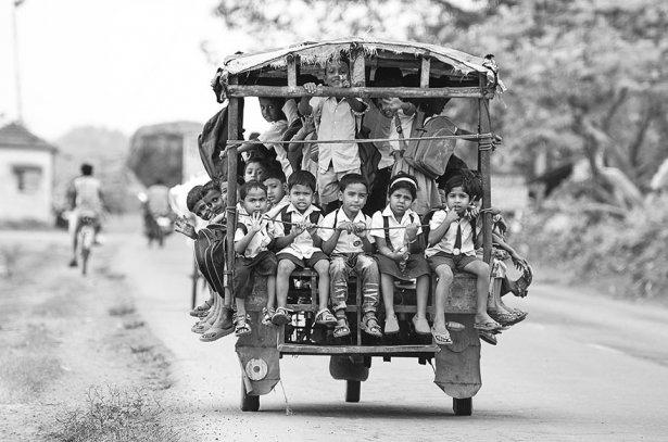 Dünyanın en tehlikeli okul yolları 14