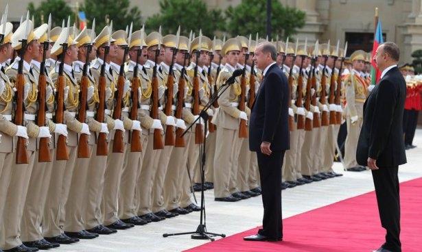 Erdoğan'ın ziyareti Azerbaycan basınında 13