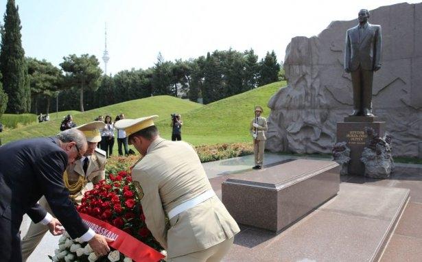Erdoğan'ın ziyareti Azerbaycan basınında 42