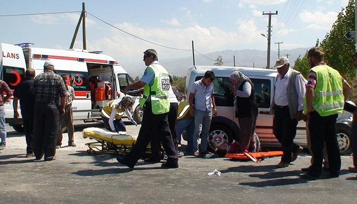 Konya Ereğli'de trafik kazası 3 yaralı 5