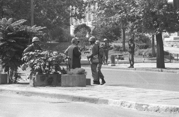 12 Eylül 1980 darbesinde 34 yıl geride kaldı 31