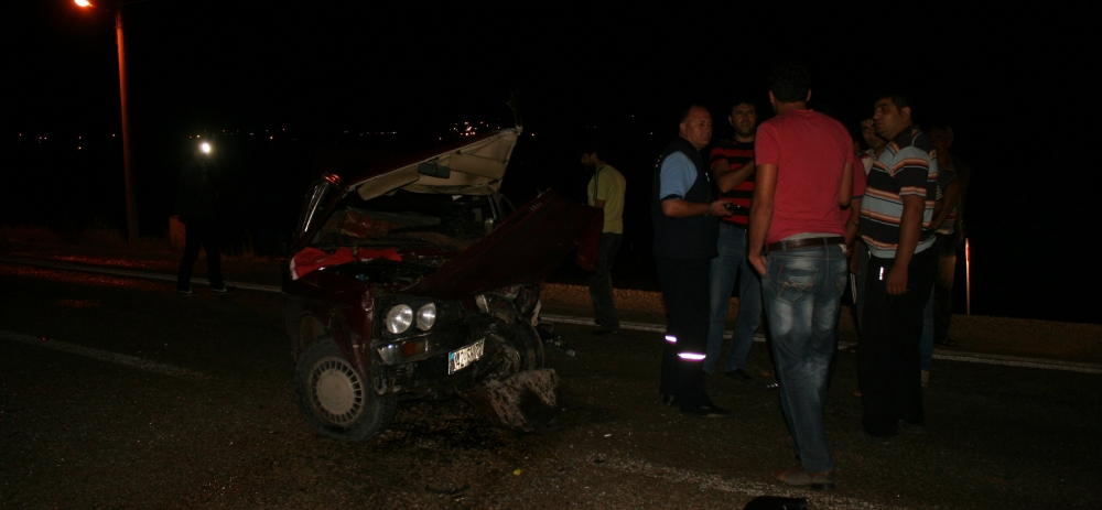 Otomobile çarptı, kazalı araçla kaçtı 11