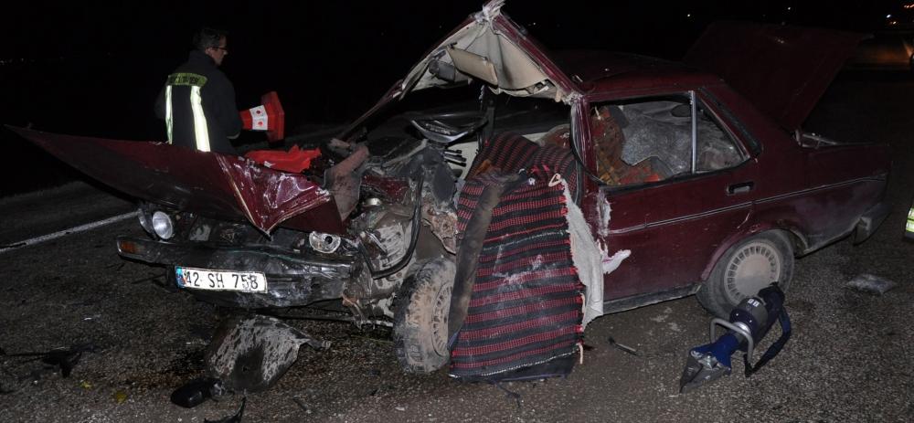 Otomobile çarptı, kazalı araçla kaçtı 3