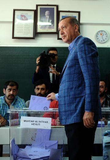 Yabancı ajansların gözünden 30 Mart seçimleri 24
