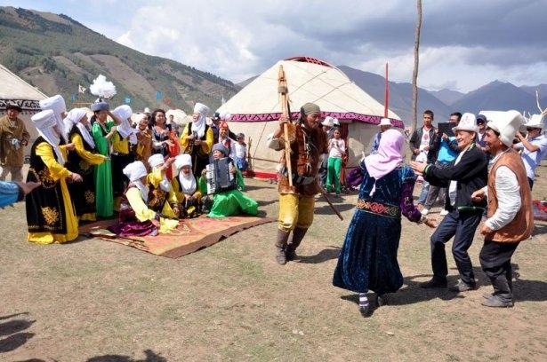 Kırgızların zengin göçebe kültürü 14