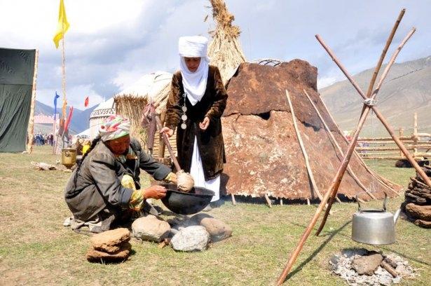 Kırgızların zengin göçebe kültürü 2
