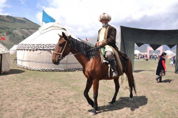 Kırgızların zengin göçebe kültürü 7