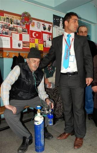 Engelli ve yaşlı vatandaşların oy çilesi 5