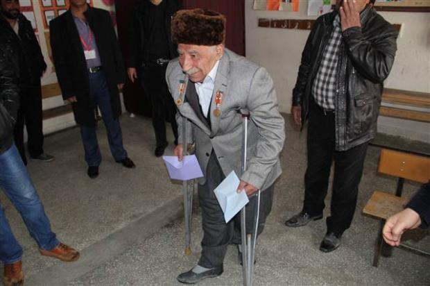 Engelli ve yaşlı vatandaşların oy çilesi 9