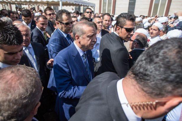 Cenazesine Erdoğan da katıldı 12