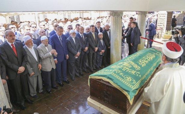 Cenazesine Erdoğan da katıldı 18