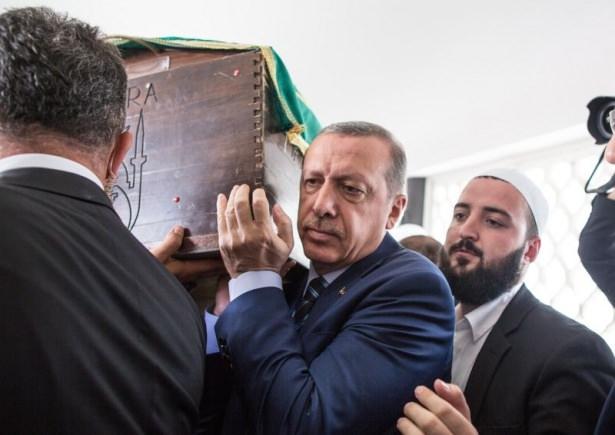 Cenazesine Erdoğan da katıldı 3