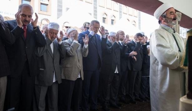 Cenazesine Erdoğan da katıldı 6