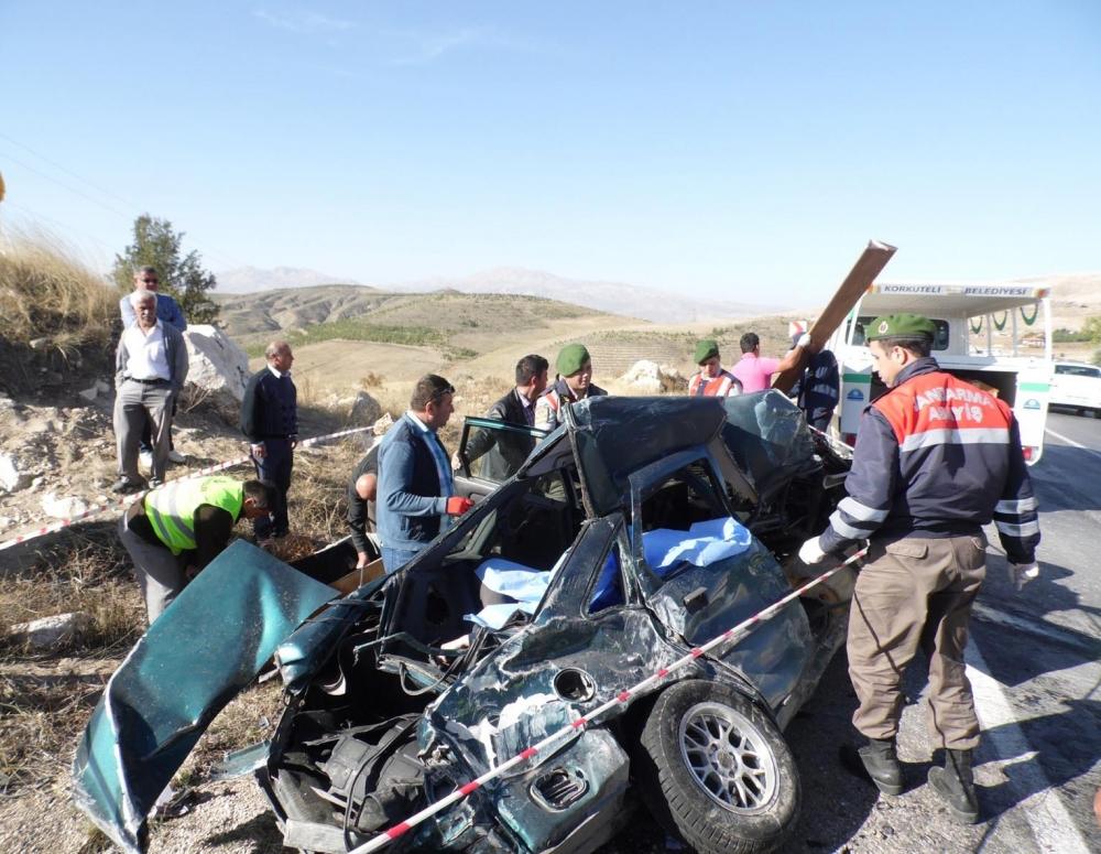 Feci kaza: 4 ölü, 20 yaralı 13