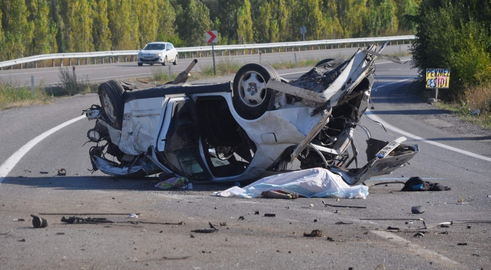 Konya'da feci kaza: 2 ölü 1