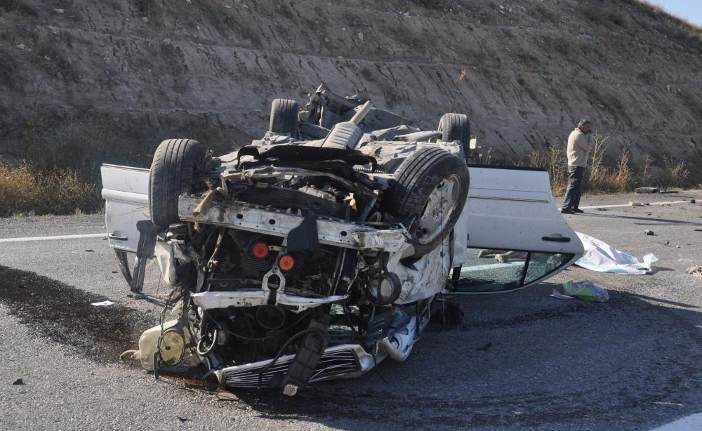 Konya'da feci kaza: 2 ölü 3