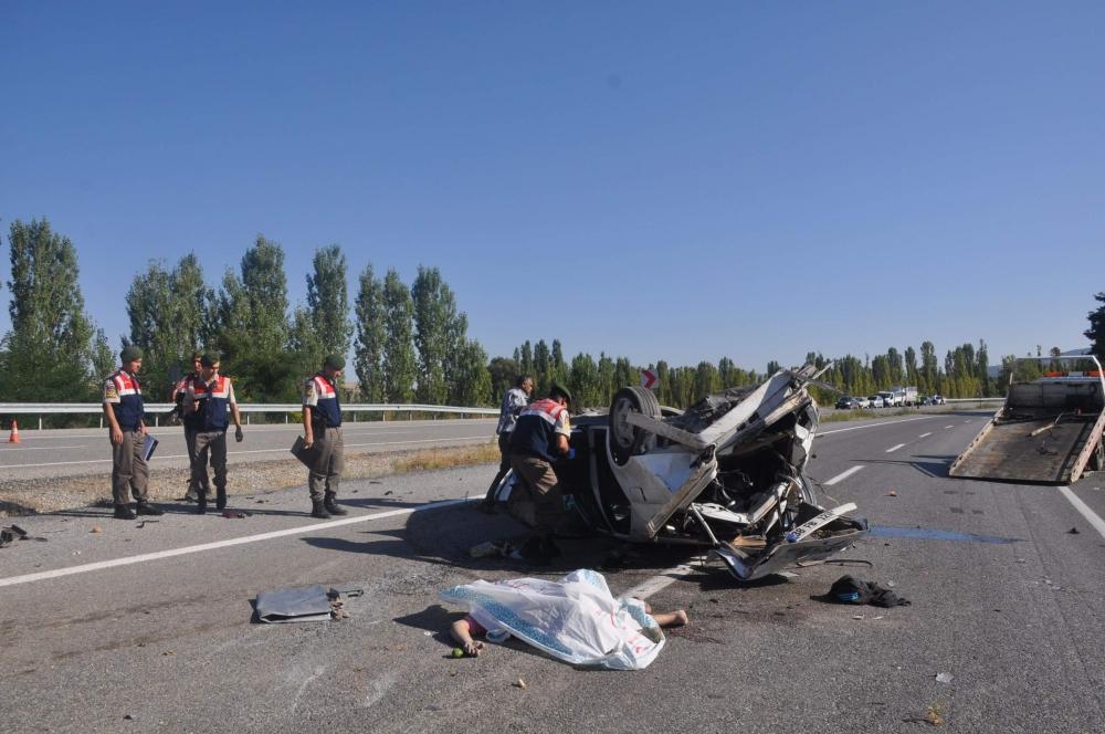 Konya'da feci kaza: 2 ölü 5