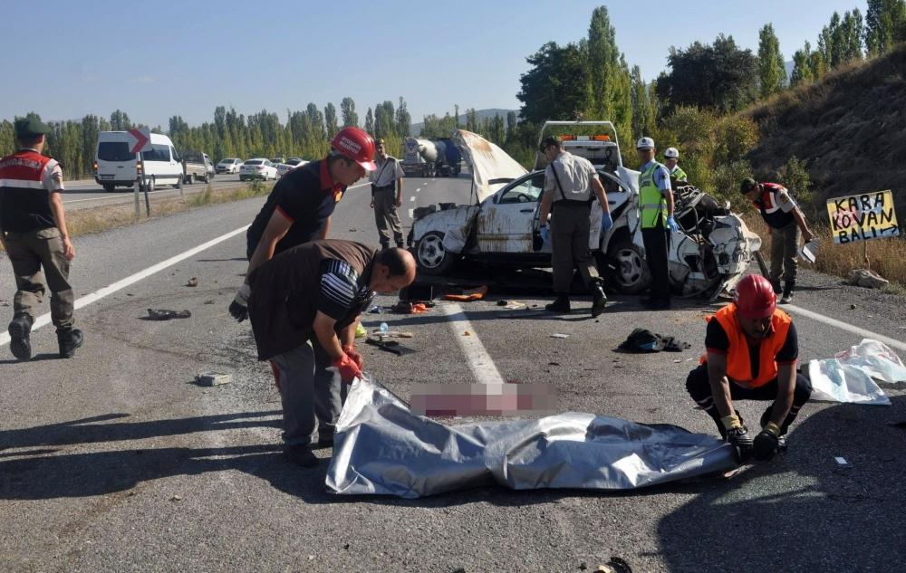 Konya'da feci kaza: 2 ölü 7