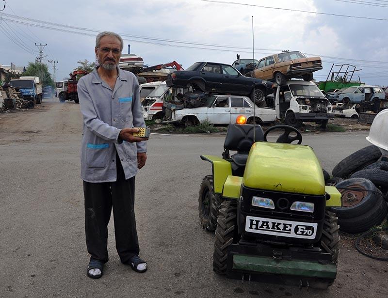 Uzaktan kumandalı bahçe traktörü üretti 8