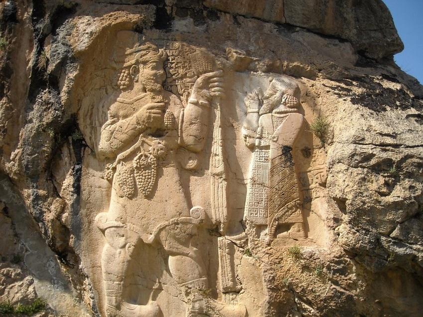 İvriz Kaya Anıtı 1