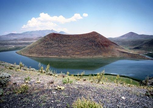 Meke Krater Gölü 3