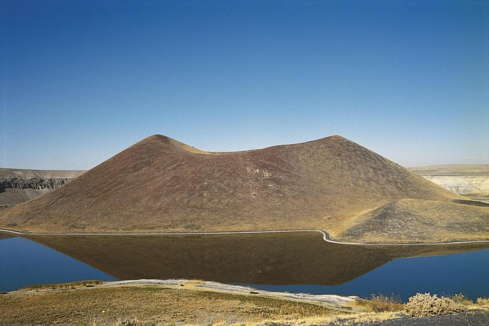 Meke Krater Gölü 4