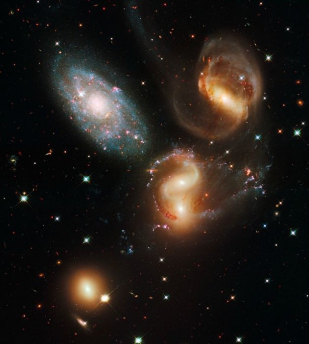 Hubble teleskopundan inanılmaz kareler 25