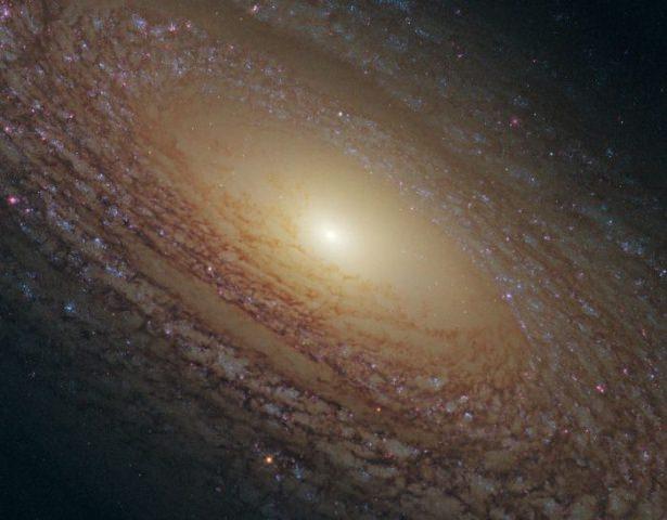 Hubble teleskopundan inanılmaz kareler 47