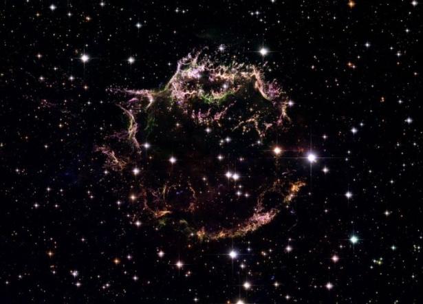 Hubble teleskopundan inanılmaz kareler 50