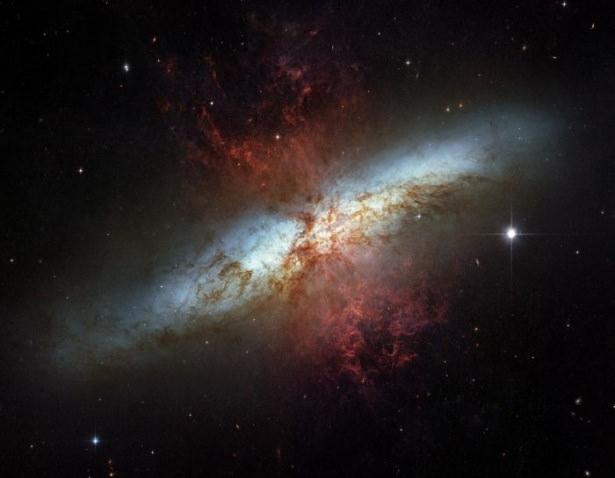 Hubble teleskopundan inanılmaz kareler 70