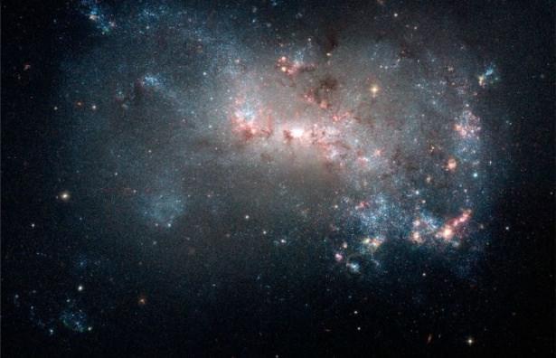 Hubble teleskopundan inanılmaz kareler 83