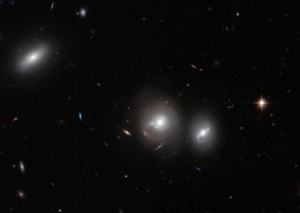 Hubble teleskopundan inanılmaz kareler 84