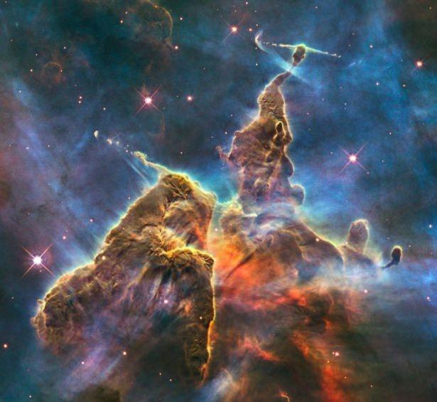 Hubble teleskopundan inanılmaz kareler 92
