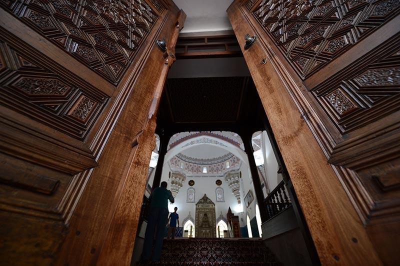 Muradiye Camii restore edildi 8
