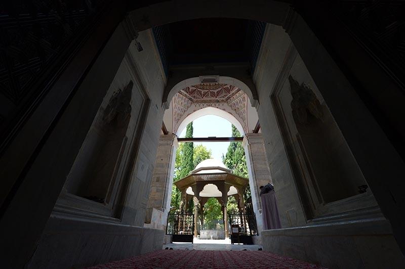 Muradiye Camii restore edildi 9