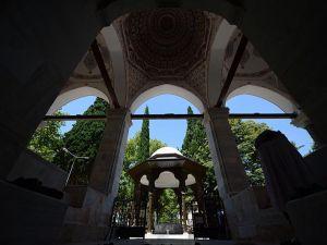Muradiye Camii restore edildi