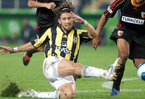 Hem Fenerbahçe'de hem Galatasaray'da oynayanlar 24