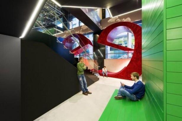 Google'ın sıradışı ofisi 24