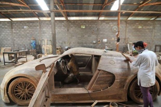 Ağaçtan Yapılan Bugatti 12