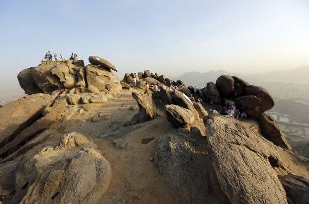 Hacı adayları Sevr dağında 14