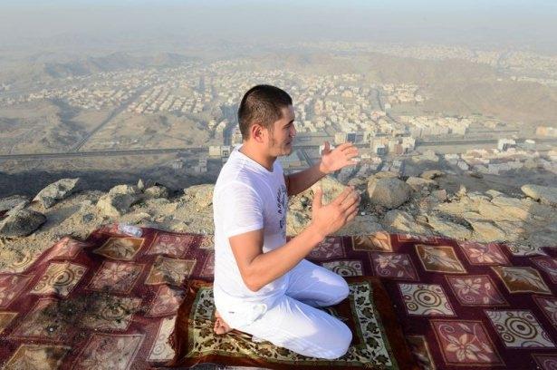 Hacı adayları Sevr dağında 19