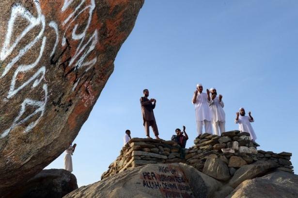 Hacı adayları Sevr dağında 6