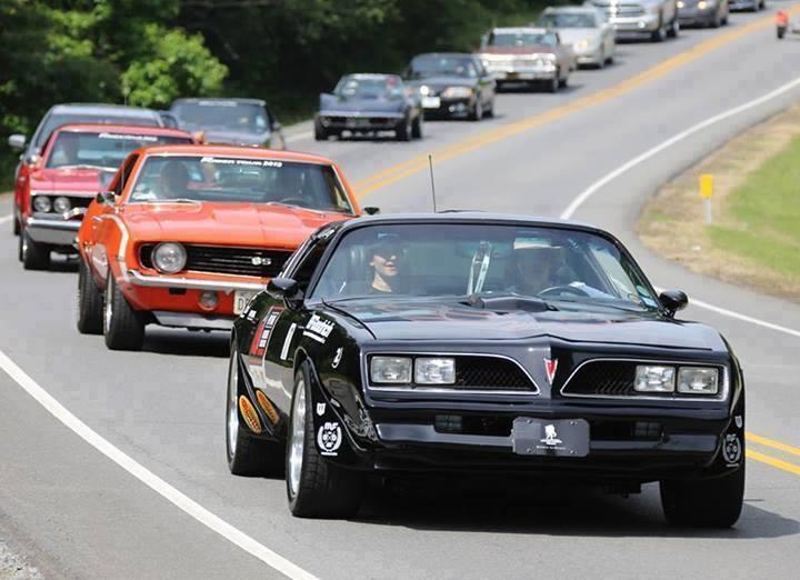 Klasik arabalar göz dolduruyor 40