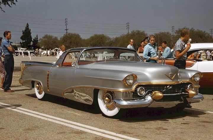 Klasik arabalar göz dolduruyor 88