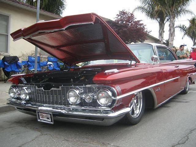 Klasik arabalar göz dolduruyor 96