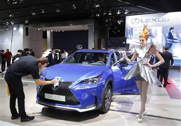 Paris Otomobil fuarı başladı-2014 16