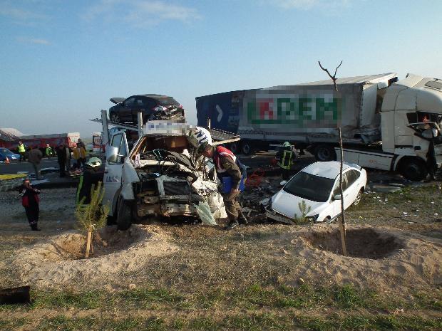 Konya'da zincirleme facia: 9 ölü 11
